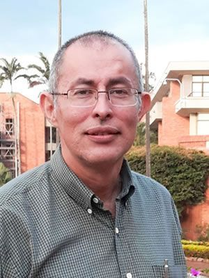 Oscar Guzman uao celee